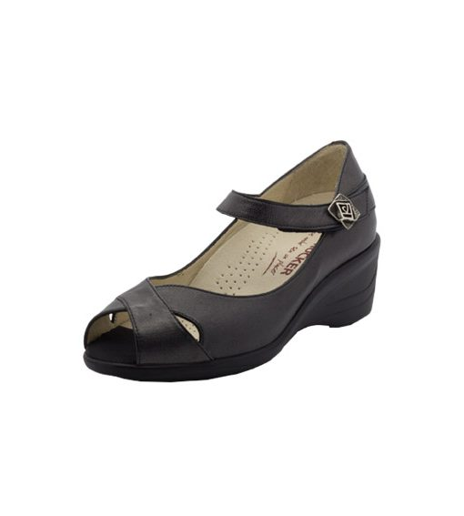 The Little Shoe Shop is older but Pretty Small Shoes is the worlds leading petite shoe specialist and MOOR is one of our best selling styles. It has a streamlined style that can be worn both day and night.